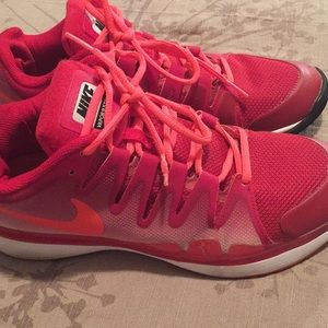 Ladies Nikes